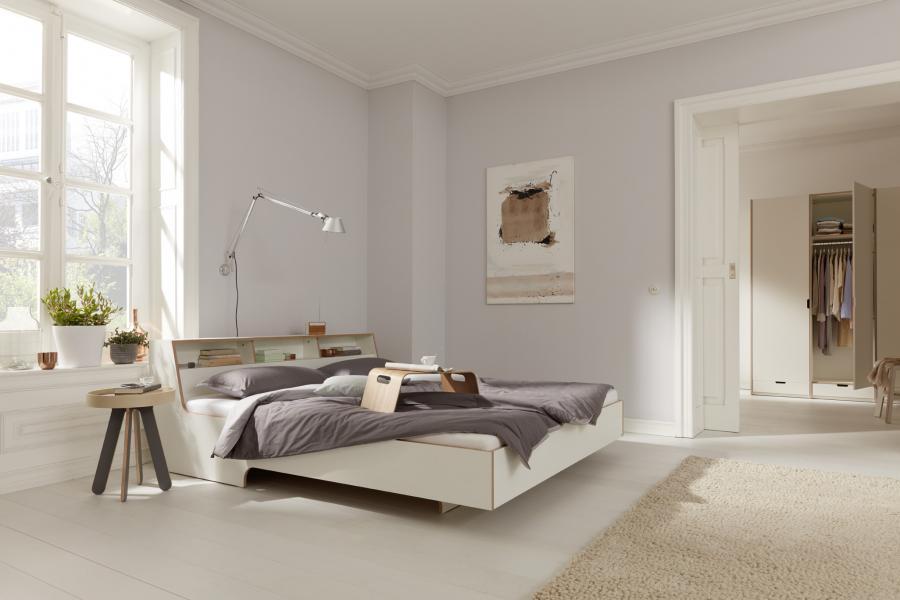 Slope bed white
