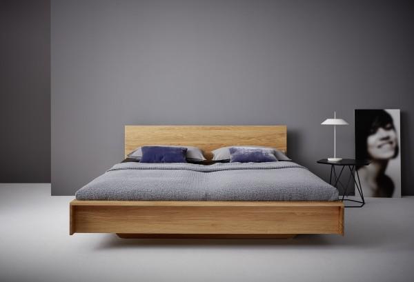 Flai Bett aus Eiche mit Kopfteil, Ambiente